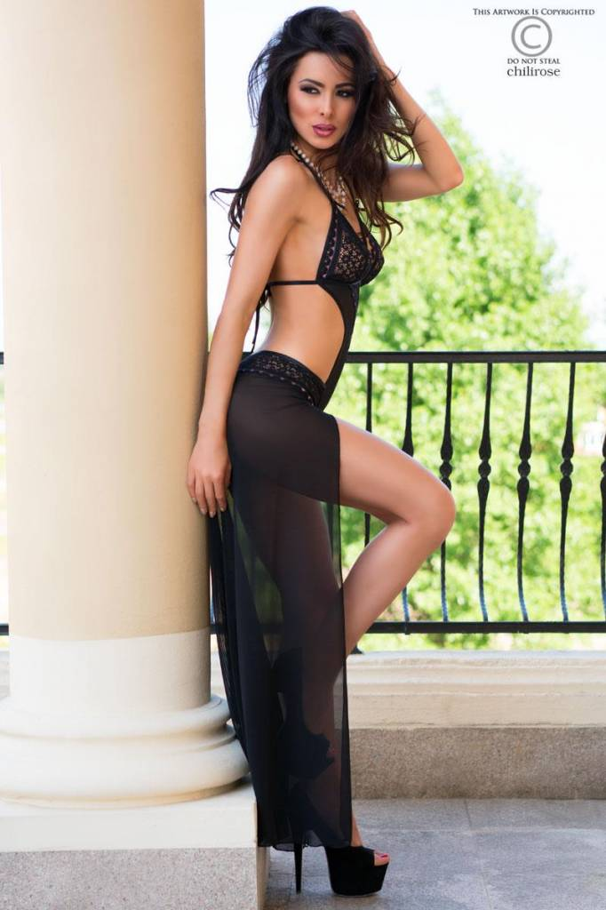 CHILIROSE Verleidelijke combinatie van body en jurk