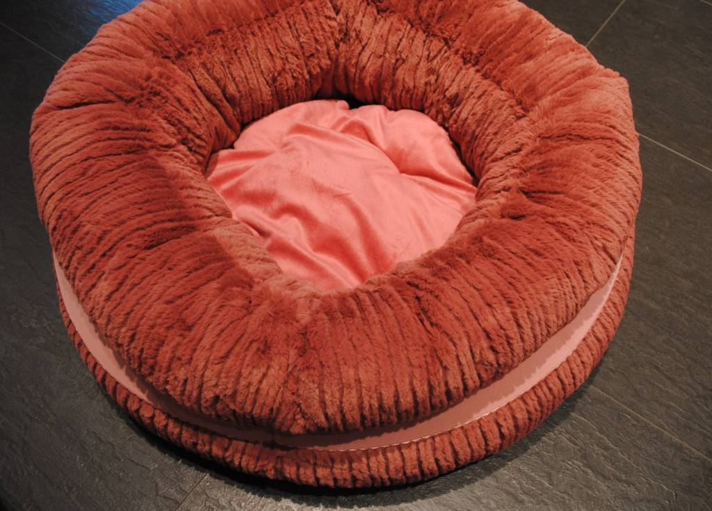 Is Pet donut mand 60cm
