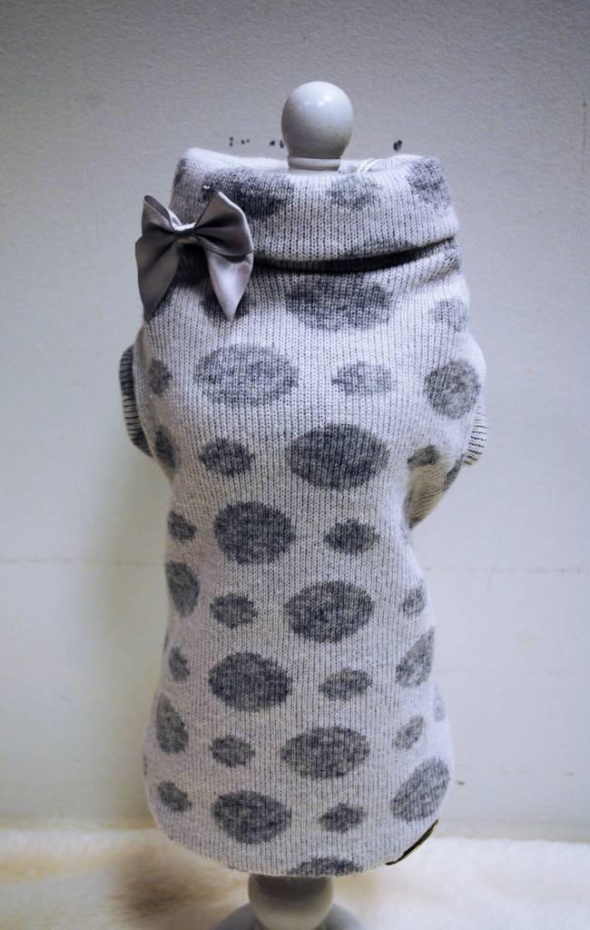 Baby dog boutique wit met grijze bollen ( merino en cachmere)