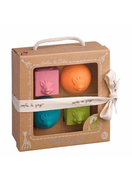 Sophie de Giraf So'Pure 2 balls + 2 cubes set