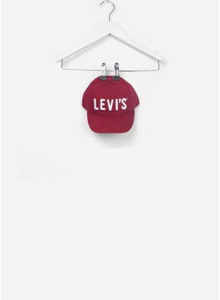 Levi's Pet cranberry