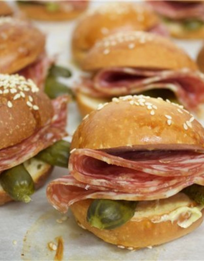 Mini Sandwich auf Platte
