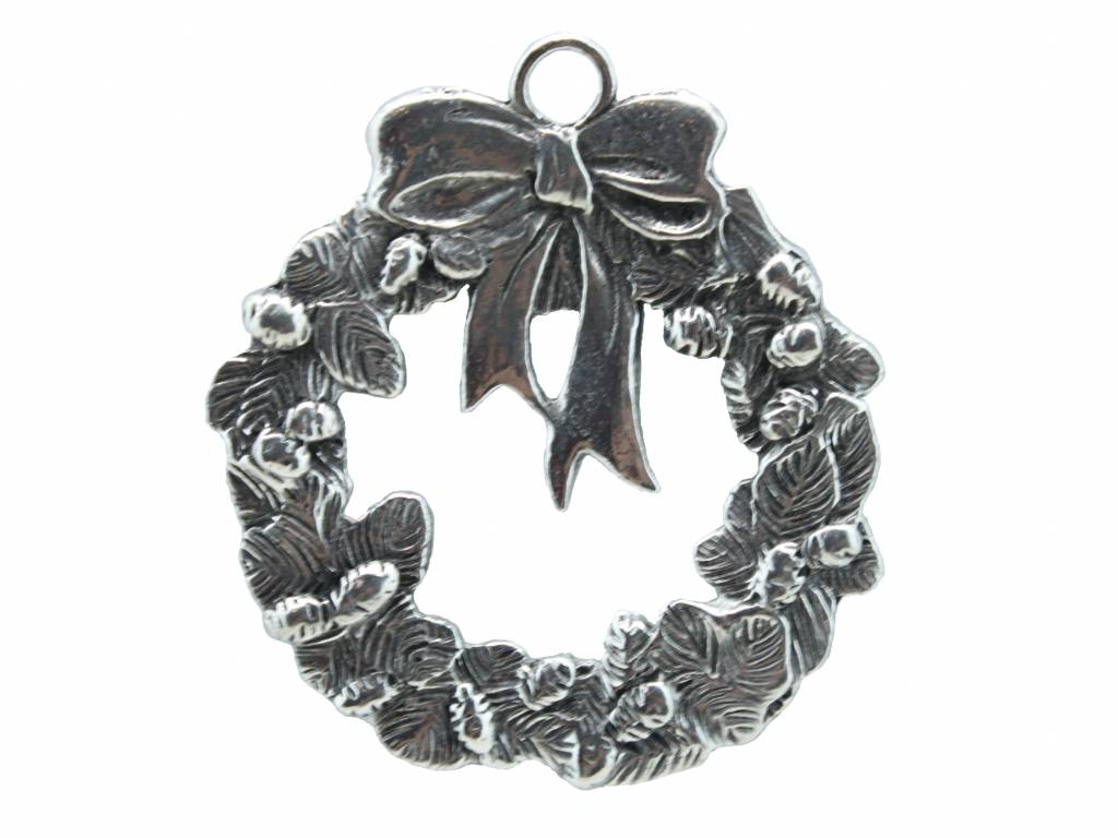 DTR Hanging Christmas ornament wreath with ribbon