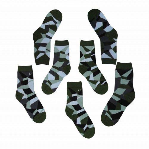 Solosocks Verschillende maar bijpassende sokken in zilver, azuur en groen nuances.