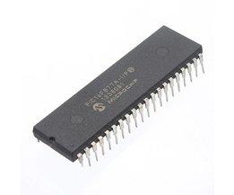 2 stycken mikrochip IC