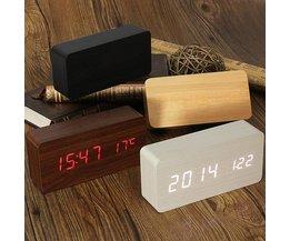 USB / AAA trä digital klocka
