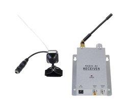 Trådlös övervakningskamera med strömförsörjning