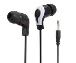 3,5 mm stereo hörlurar i örat