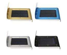 Solar utomhus lampa med sensor