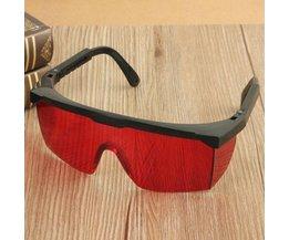Röda laserglasögon