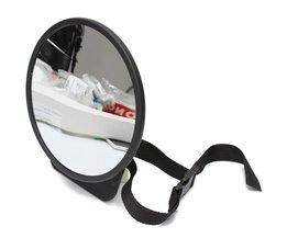 Bilspegel för att hålla ditt barns öga