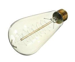 E27 glödlampa i form av ett julgran