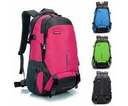 Färgrik ryggsäck (45L)