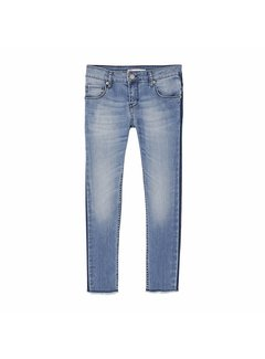 Levis 22527 skinny denim 711