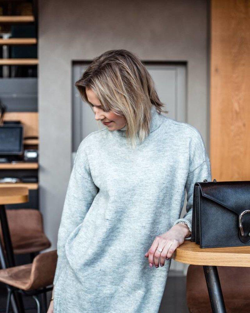 Sweaterdress Grey