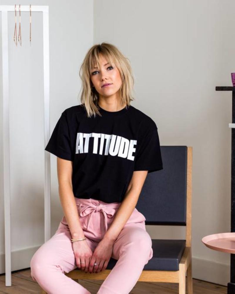 Attitude Black