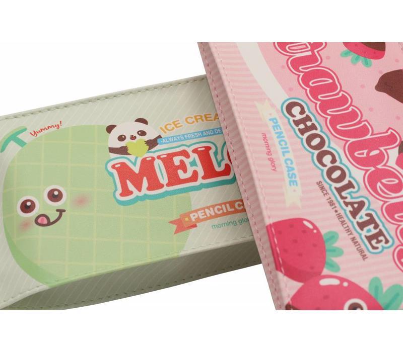 Moongs snack pencil case medium - strawberry