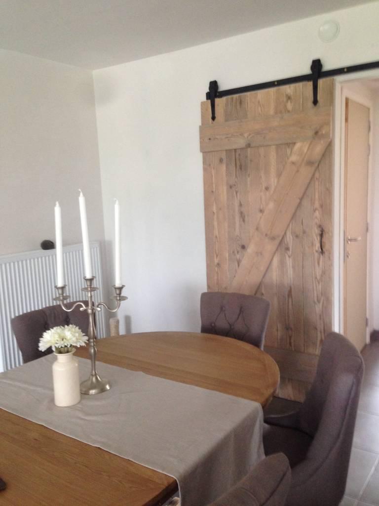 loft deur oud hout