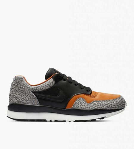 Nike Nike Air Safari QS OG Black Monarch Cobblestone Black