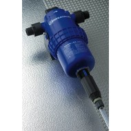 Dosing pump adjustable from 0.2 to 1.5 %
