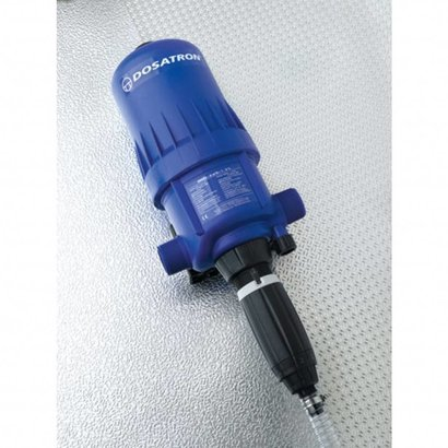 Dosing pump adjustable from 1 to 5 %