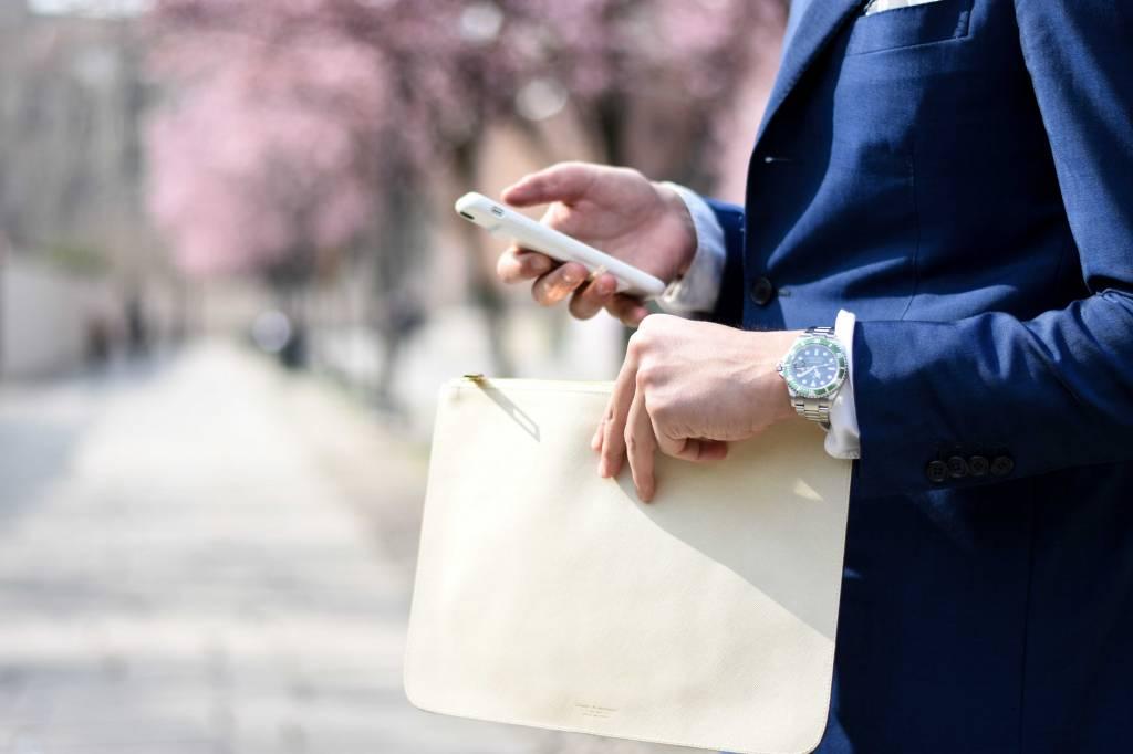 Vijf tips om je telefoon af en toe even weg te leggen