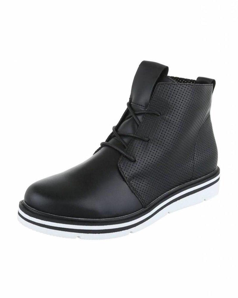 Zwarte schoen H720