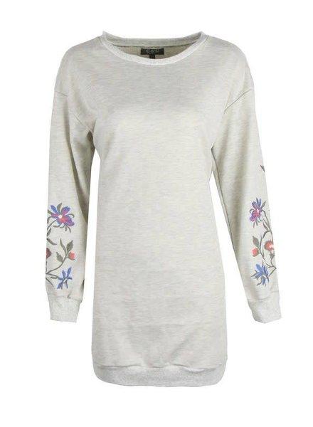 sweater lang model /tuniek creme