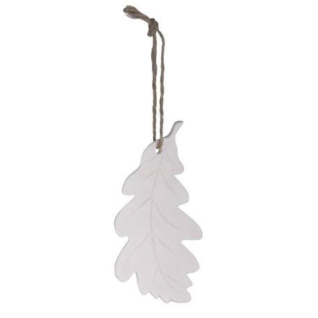 White oak leaf pendant
