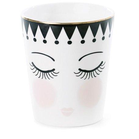 Cup eyes