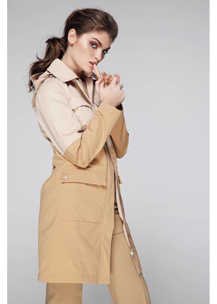Waterproof 4-pocket raincoat - 2 Tone Beige