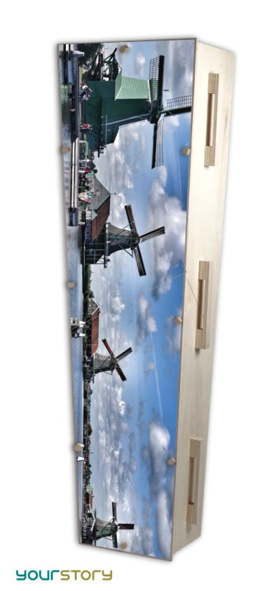 YOURSTORY CHISTANN flat pack eco-coffin with windmill picture on lid