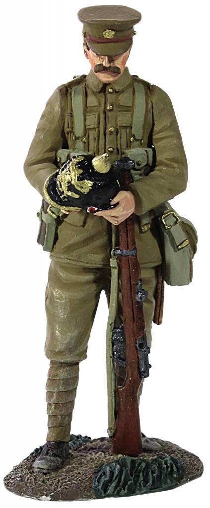 W Britain: British Infantry with Souvenir German Helmet