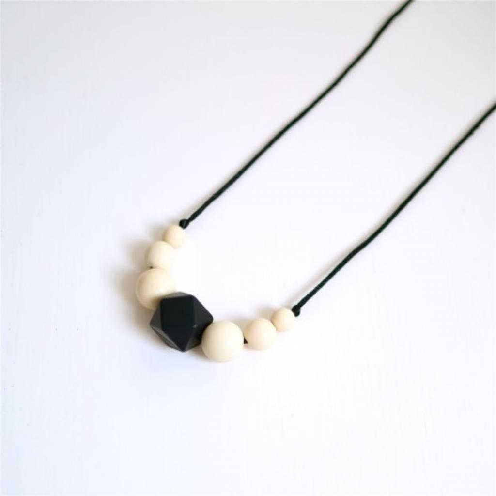 mamiBB Teething Necklace