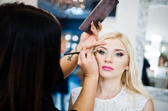 Talc in make-up