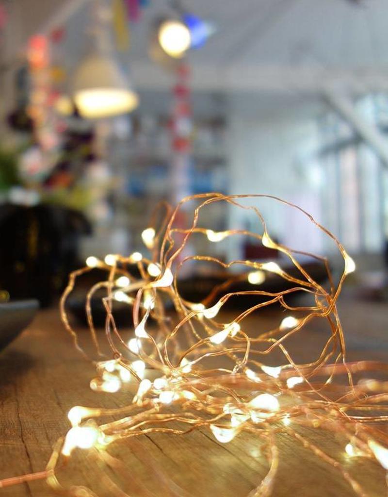 Tse & Tse associees Luciole - Fil de cuivre avec des LED