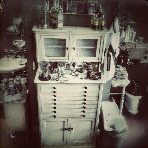 Antiek meubilair voor de klassieke & nostalgische badkamer - Affaire ...