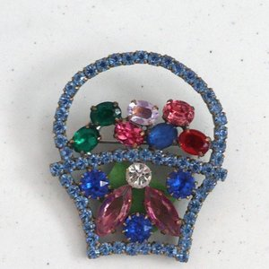 Strass Brooch Basket Blue