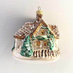 Christmas Decoration Cottage