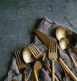 Madam Stoltz Gold cutlery