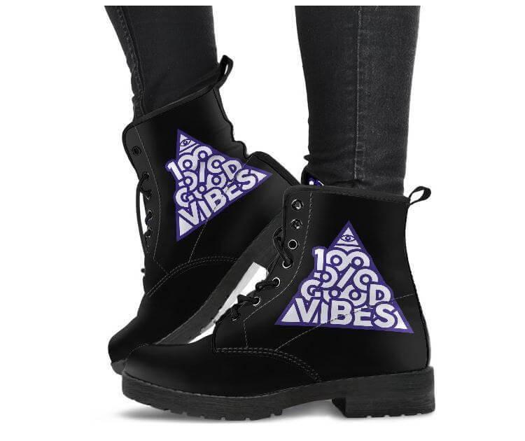 Noa Knafo Boots 100% Good Vibes