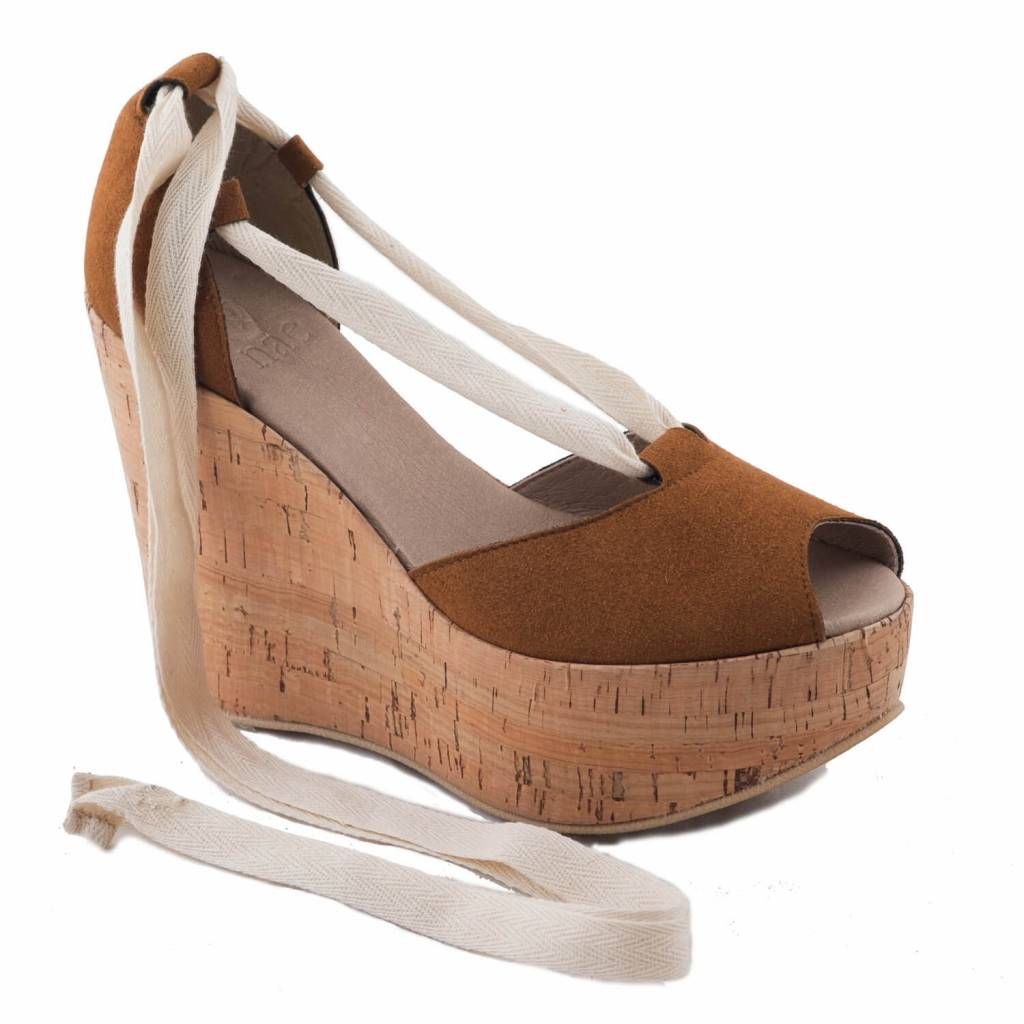 NAE vegan shoes Vegan pump Mireia Cork