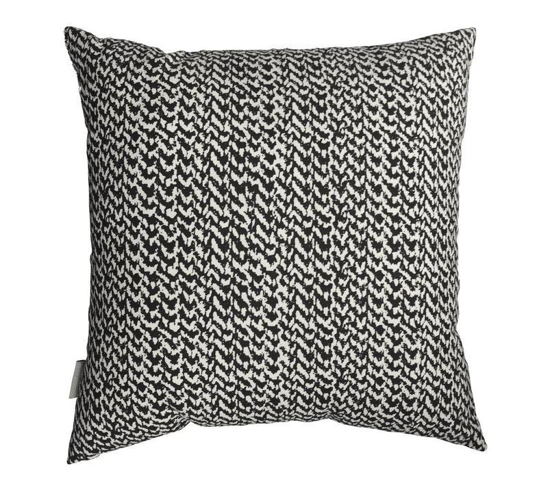 Fresh Berber cushion basalt