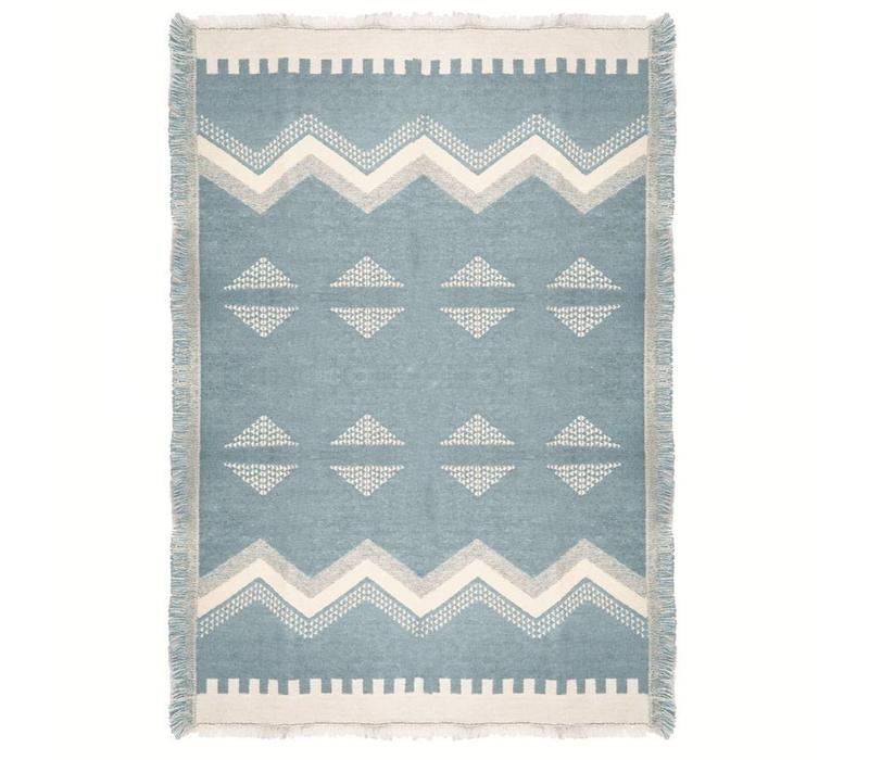 Zig zag fun misty blue throw