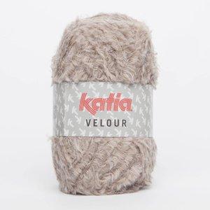 Katia Velour Beige (66)
