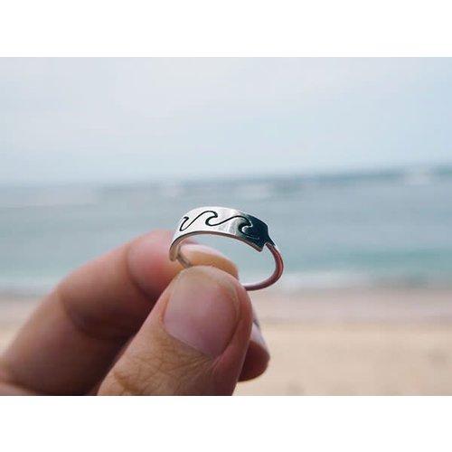 At Aloha At Aloha Moana 3 Wave Ring