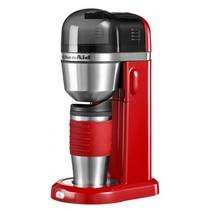 Koffiezetapparat met thermosbeker rood