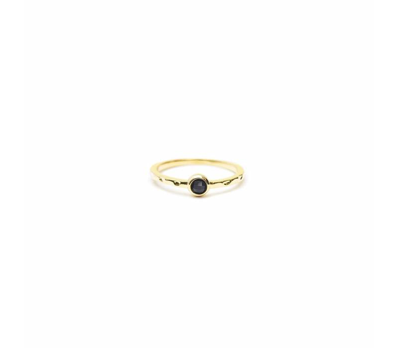 Reverie Ring Gold Black