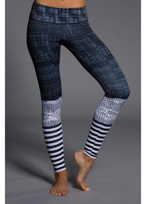 Onzie Onzie Graphic Legging - Levels