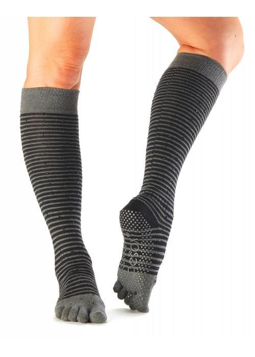 Toesox Toesox Yoga Sokken Kniehoogte Dichte Tenen - Fling